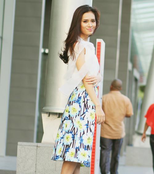 5 kiểu váy đẹp nhất cho nữ công sở quyến rũ cuối thu - 12