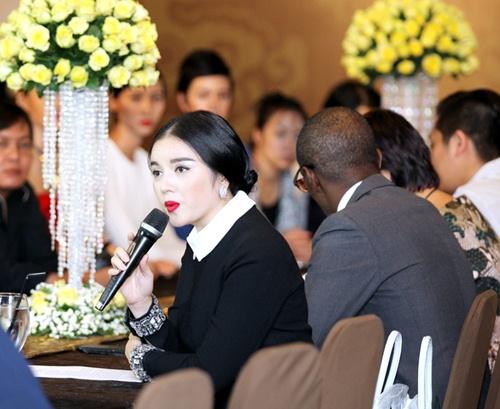 Lý Nhã Kỳ tự tin tổ chức fashion show chuẩn quốc tế - 9